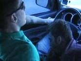 Gay fazendo oral no carro