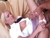 Novinha safada dando a buceta linda